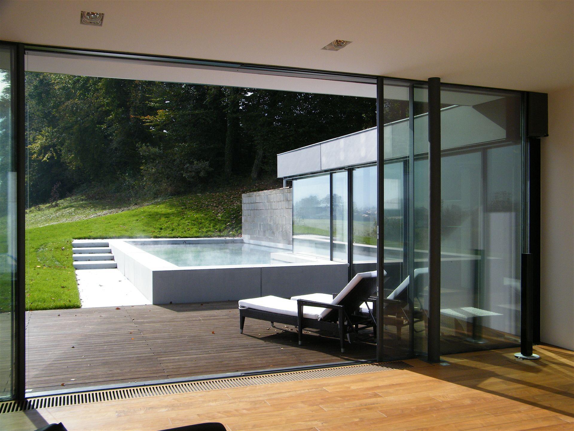 haus schmid modernes hanghaus im dialog mit altbestand und landschaftsraum. Black Bedroom Furniture Sets. Home Design Ideas