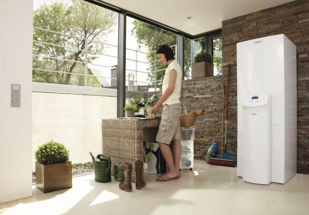 eine w rmepumpe nutzt die umweltenergie zur w rmegewinnung. Black Bedroom Furniture Sets. Home Design Ideas