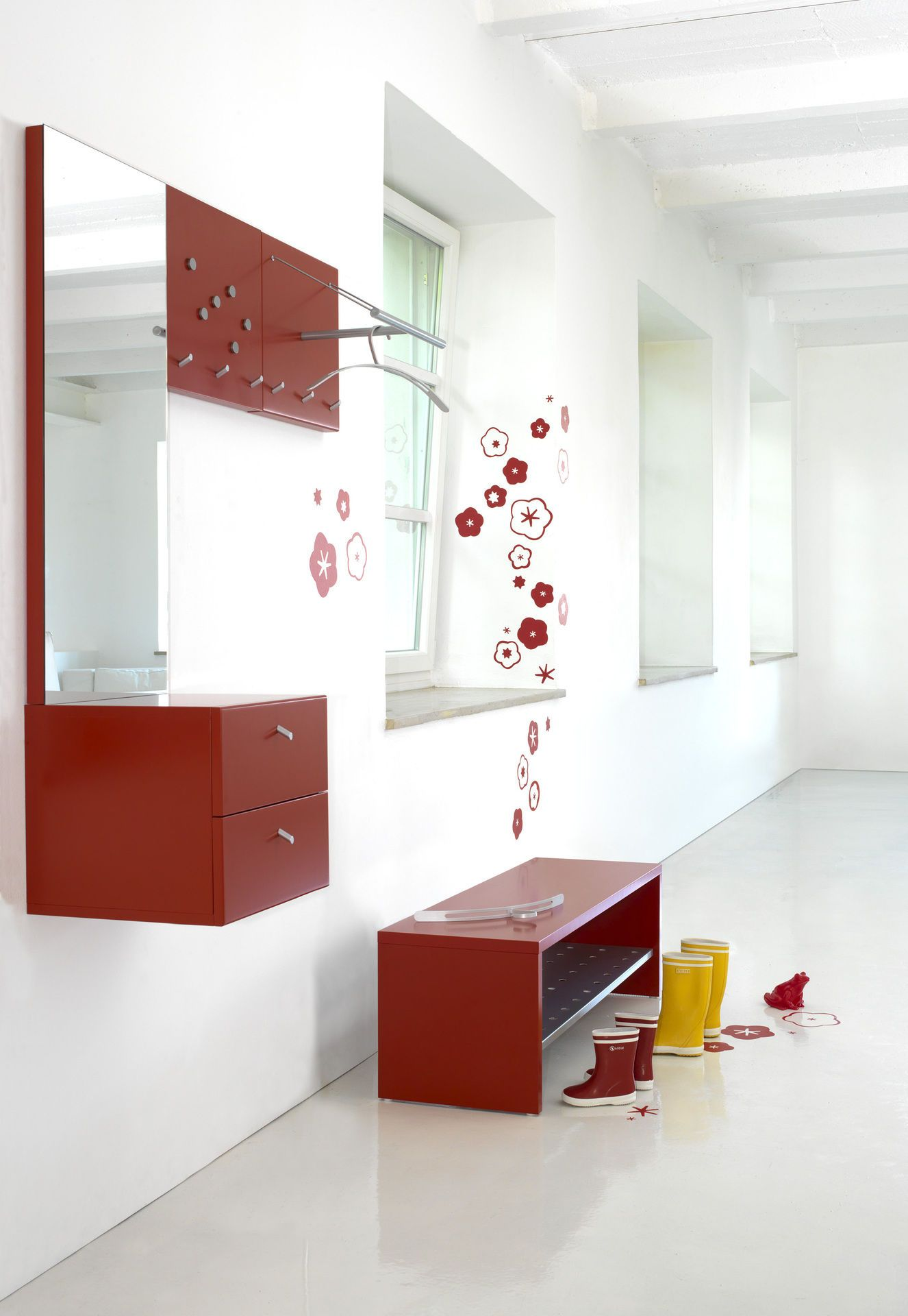 flurm bel viel platz auf kleinem raum. Black Bedroom Furniture Sets. Home Design Ideas