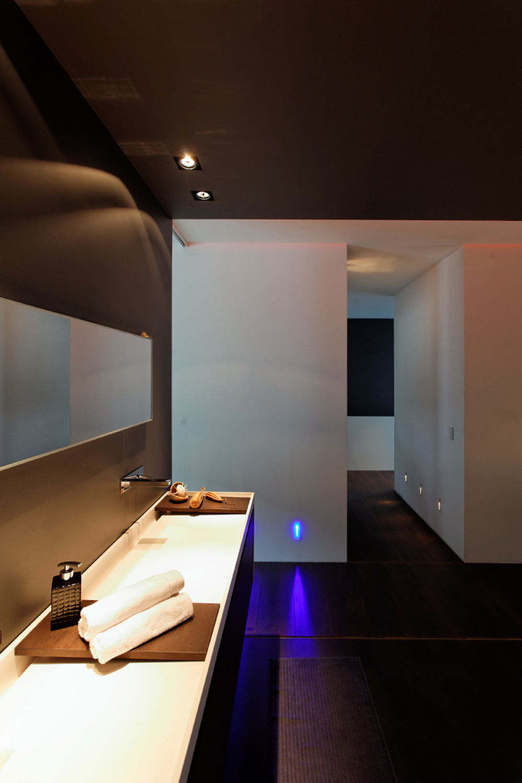 wo hell und dunkel kooperieren. Black Bedroom Furniture Sets. Home Design Ideas