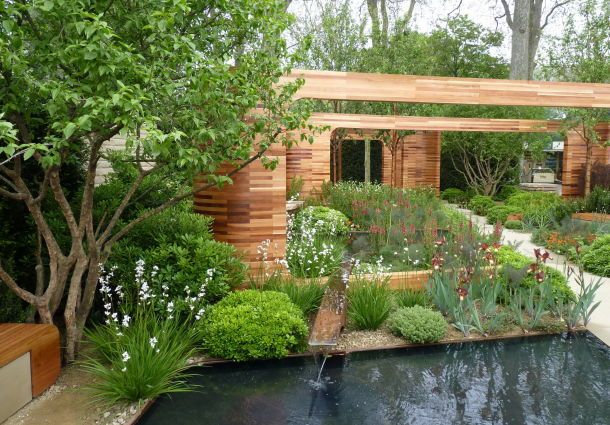 kleine g rten richtig gestalten und bepflanzen. Black Bedroom Furniture Sets. Home Design Ideas