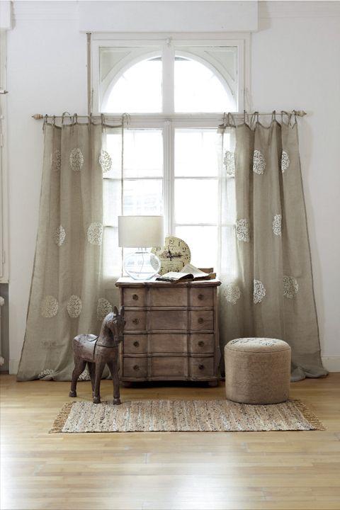 gardinen und vorh nge in einem. Black Bedroom Furniture Sets. Home Design Ideas
