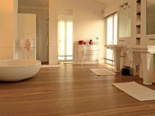 Schön Holzboden Im Badezimmer: Ein Gutes Gefühl Unter Den Füßen