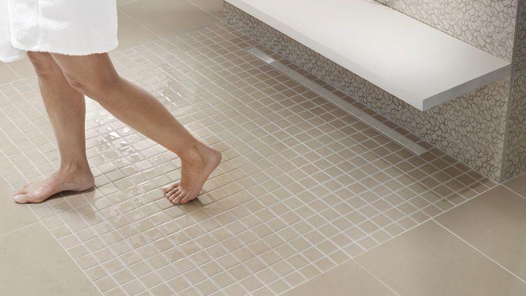 Mosaik Fliesen Dusche Reinigen : Bodengleiche Duschen – ?sthetisch und praktisch – bauemotion.de
