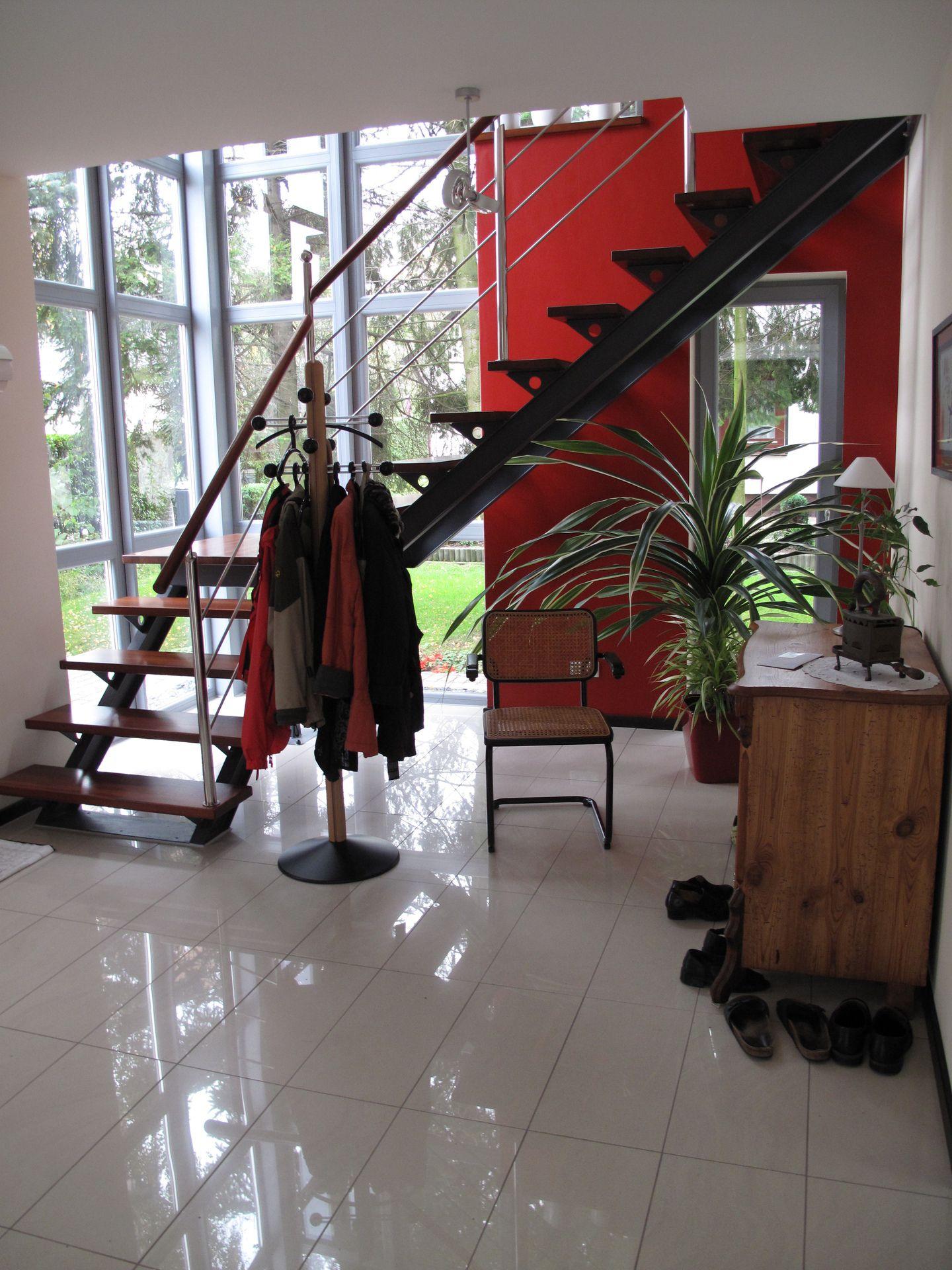 treppe ber eck. Black Bedroom Furniture Sets. Home Design Ideas
