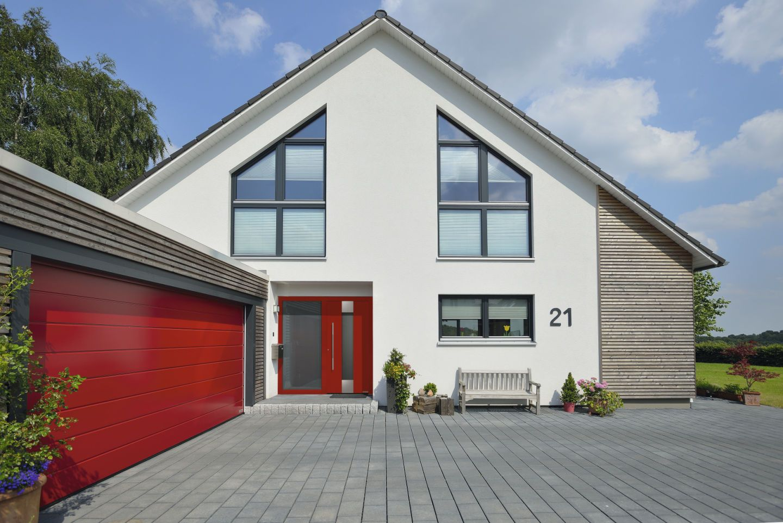 h rmann thermocarbon aluminiumhaust r in rubinrot ral 3003 mit seitenteil. Black Bedroom Furniture Sets. Home Design Ideas